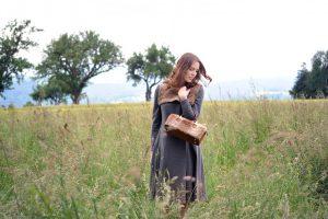 Feld Wald und Wiese - Mantelkleid mit Hasenboleroweste und Tasche